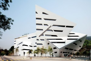 Photo of Studio Daniel Libeskind, The Run Run Shaw Creative Media Centre, Hong Kong, China © Gollings Photography PTY Ltd.